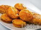 Рецепта Хляб от царевично и пшеничено брашно с кисело мляко, чушка и тиквичка